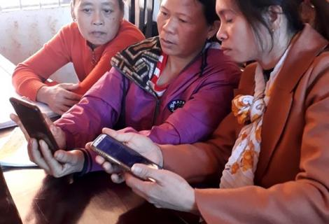 Training on using S-City ActionAid in Lam Ha district